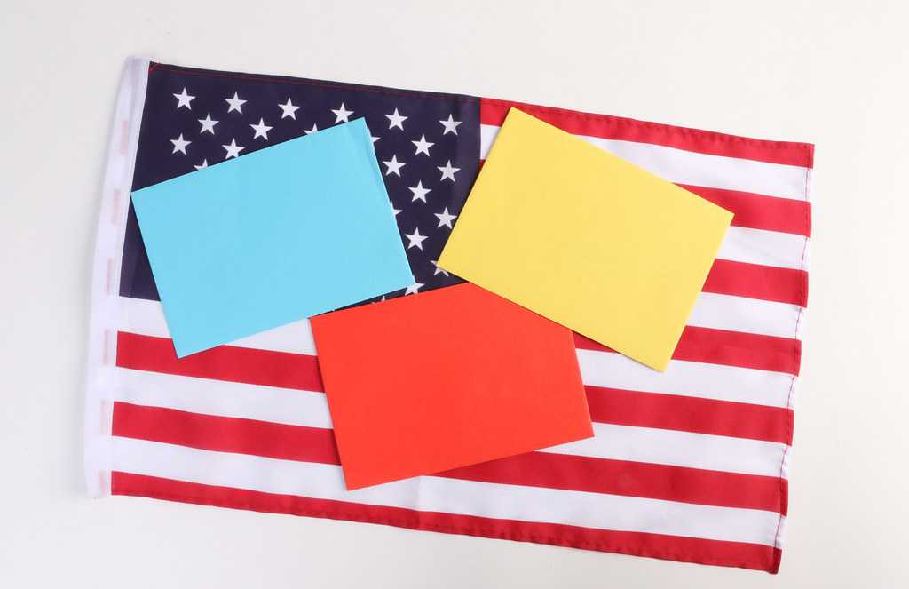 Empty notes on American flag